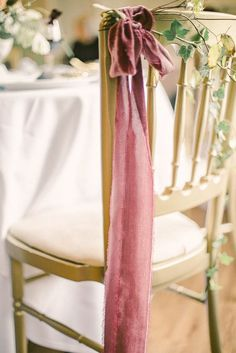 Oh how we have fallen head over heels for this beautiful fine art wedding ideas shoot today. I mean does it get any better than a cool blush and oxblood colour Wedding Chair Decorations, Wedding Chairs, Wedding Themes, Wedding Ideas, Wedding Advice, Budget Wedding, Wedding Blog, Red Wedding Dresses, Wedding Flowers