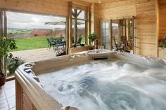 59 delightful hot tubs images in 2019 cottage in luxury holiday rh pinterest com
