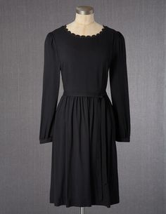 I've spotted this @BodenClothing Annalise Dress Black