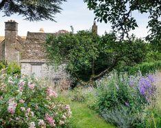 Mary Keen's garden