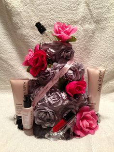 Mary Kay TimeWise Cake.  Now every Mary Kay Princess deserves one of these.  It was fun and easy to make.  Towels and a little creative thinking..