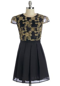 Splendid Darling Dress. Youve been waiting and the moment is finally here - tonight you don this beguiling party dress and make a grand debut. #black #modcloth