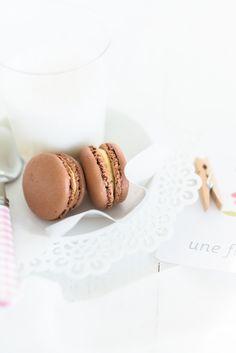 #food photography #goûter #dark chocolate #macaron | Au Petit Goût