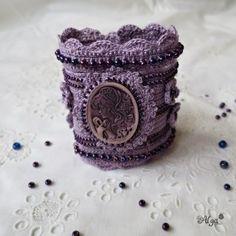 Háčkovaný náramek Lady Violet Lady Violet, Necklaces, Floral, Flowers, Jewelry, Jewlery, Jewerly, Schmuck, Jewels