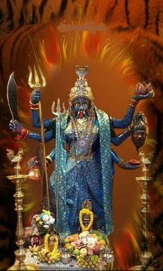 Jay Maa Kali, Kali Ma, Kali Yantra, Shiva Shakti, Mother Kali, Divine Mother, Kali Hindu, Lord Ganesha Paintings, Tarot