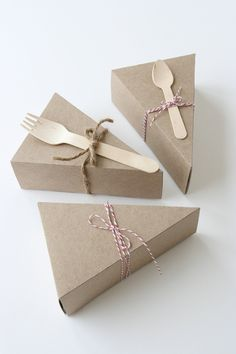Cute packaging idea for single servings of pie or cake. Wedge-Shaped Pie Box Kits via Etsy.