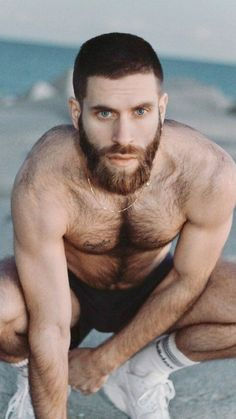 Sexy Bart, Big Blue Eyes, Great Beards, Hairy Chest, Mature Men, Sexy Men, Daddy, Muscle, Handsome