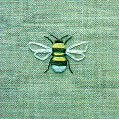 ≗ The Bee's Reverie ≗ Bee Embroidery on linen, via Flickr by Townmouse.