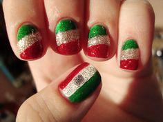 Mexico Flag Nail Art http://polishedlove.blogspot.mx/2011/09/mex-indepence-day-nails.html
