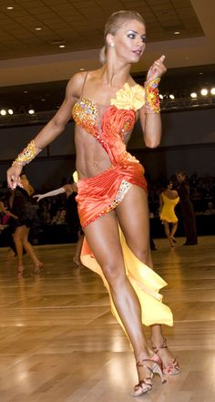 Yulia Zagoruychenko, Latin champion, and AMAZING ballroom dancer. (my idol) Watching her videos is like watching perfection in motion. What she does with her body is just gorgeous. Latin Ballroom Dresses, Ballroom Dancing, Latin Dresses, Baile Latino, Salsa Dancing, Argentine Tango, Shows, Dance Photography, Just Dance