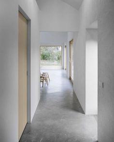 Slipade betonggolv, fint i bottenplan(vån1) och ev på vån 2 .