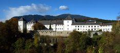 Kloster Wernberg, Österreich Mansions, House Styles, Blog, Home Decor, Villach, Nice Asses, Mansion Houses, Room Decor, Villas