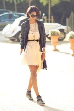 Boots/Botines- Zara   Dress/Vestido- Zara  Jacket/Cazadora- Blanco  Bag/Bolso- Primark
