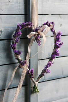 What if you did something really cute with lavender heart wreaths? That might be a cute favor? Lavender Cottage, French Lavender, Lavender Blue, Lavender Fields, Lavender Flowers, Lilac, Purple, Lavander, Lavender Crafts