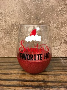 gifts for sister Christmas Wine Glass - Holiday Gifts for Her - Santas Favorite Ho - Gag Gifts - Presents for Friend Diy Christmas Gifts For Friends, Christmas Presents For Friends, Funny Christmas Gifts, Christmas Humor, Holiday Gifts, Christmas Crafts, Christmas Dyi Decorations, Holiday Ideas, Funny Gifts For Friends