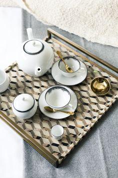 Tea set and tea tray