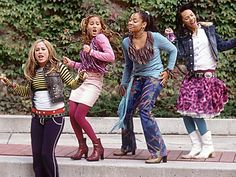 """the cheetah girls, I forgot how much I love these characters - from left to right Dorinda """"Do' Re Mi"""" Rogers in the movie she is Dorinda Thomas and is often just called Doe Chanel Simmons Galleria """"Bubbles"""" Garibaldi Aquanette """"Aqua"""" Walker The Cheetah Girls, Weird Facts, Crazy Facts, Old Disney, Girl Meets World, Disney Stars, Rugrats, 2000s Fashion, Childhood Memories"""
