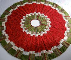 Holly Jolly Christmas Tree Skirt Pattern | Tree skirts, Christmas ... : rag quilt christmas tree skirt pattern - Adamdwight.com
