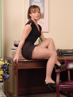 Sexy Secretary Dress Up: What's So Sexy About Secretaries?