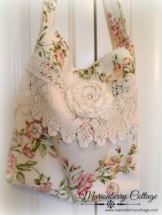 Wild pink roses Market Tote