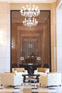 Hotel de Millionairess™ Lobby