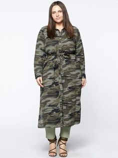"""Looking for more contemporary plus size fashion options? Well, Sanctuary Clothing has the solution! Their new Inclusive line features the same pieces in both straight sizes and plus! We've got some of our favorites from the collection inside! Cool News! Contemporary Brand, Sanctuary Adds Plus Sizes, with Its """"Inclusive"""" Collection! https://thecurvyfashionista.com/2018/04/05/sanctuary-plus-size/"""