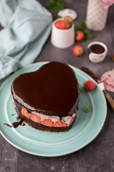 Erdbeer-Schoko-Herz-Torte: Muttertagsleckerei