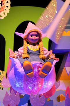 It's a Small World ride...Dare ya not to sing the song all day after you ride it!!!
