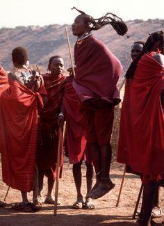 Tanzania, Ngorongoro crater: danza Masai