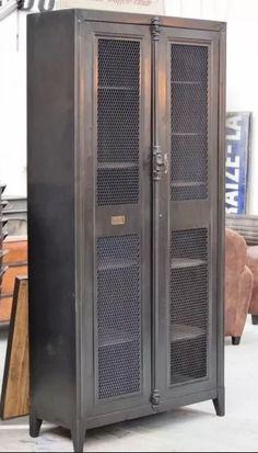 Ropero Armario Aparador Vajillero Doble Multiuso Chapa - $ 20.000,00 en Mercado Libre