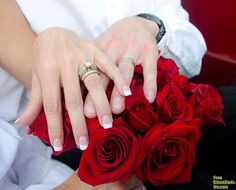 Sheik Muniil has a powerful Love portion spells, attraction and marriage spells.