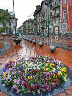 Timisoara - Piata Libertatii Romania, Sidewalk, City, Side Walkway, Walkway, Cities, Walkways, Pavement