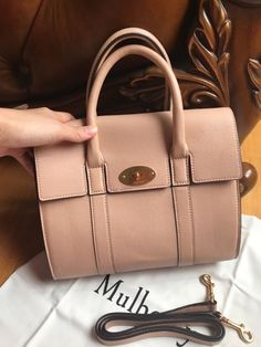 1cc4a08b3a20 968 Best Women s Bags   Handbags images in 2019