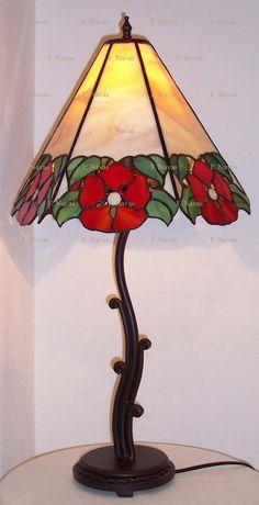 http://navasfrancis.blogspot.com/p/tiffany.html     DIFERENTES CLASES DE LÁMPARAS     DIFFERENTS KINDS OF LAMPS         Lámparas   en ...