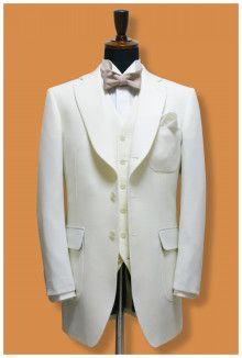 【挙式用タキシード】オーダーで白をお作りする方は意外と少ない・・・|結婚式の新郎タキシード|新郎衣装はメンズブライダルへ -