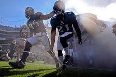 Philadelphia Eagles inside linebacker Mychal Kendricks (95) and Roc  Carmichael Mychal Kendricks 11583b0f6