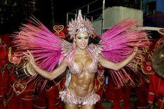 Gracyanne Barbosa - X9 Paulistana | Conheça as musas do Carnaval 2016 de São Paulo