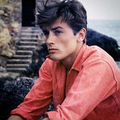 A little light relief but sticking to a French theme. Alain Delon in Red Chambray Shirt... Sigh! #alaindelon #supportingallthingsFrench #vivelafrance #vintagestyle #movieidol