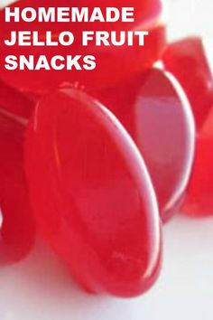 Homemade Jello Fruit Snacks - Six Sisters' Stuff Recipes - Fruit Ideas Homemade Jello, Homemade Candies, Jell O, Jello Fruit Snacks, Fruit Salad, Cherry Jello Recipes, Bites And Brews, Fruits For Kids, Best Candy