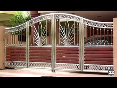 Main Gate Design For Indian Home Latest Gate Design, Modern Main Gate Designs, House Main Gates Design, Fence Gate Design, Steel Gate Design, Front Gate Design, House Design, Fence Art, Front Gates