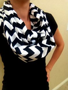 Black and White Chevron Infinity Scarf for Adults - Cotton Chevron Scarf - Riley Blake Zig Zag Loop Scarf