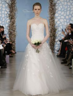 Wedding Dress by Oscar de la Renta Spring 2014 Bridal 17