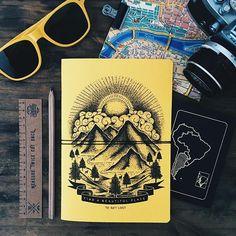 ¿Cuando fue la ultima vez que hiciste algo por primera vez? ✈🗺👉🏼📔 FIND A BEAUTIFUL PLACE TO GET LOST  Encontrá y volá con tu Vincent preferido en VincentCousteau.com.ar (link en bio) #book#journal#diary#notebook#writer#yellow#photo#passport#map#adventure#travel#viajar#andar#wanderlust#kit#set#pack#register#aroundtheworld#globe#illustration#art#graphicdesign#fly#firsttime