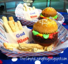 """Cupcake Burgers for 4th of July with """"French Fry"""" Cookies....SO CUTE!"""