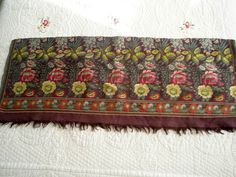 ANTIQUE FRAGMENT OF A SPITALFIELDS SILK SHAWL FLORAL WOVEN ENDS ca. 1815
