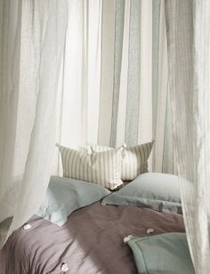 Nobilis Fabric - Linen House Fabric Collection - Comfy Room Spirit