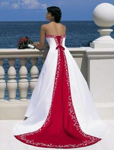 Alfred Angelo Bridal Style 1516 from Full Collection***Red and white wedding gown Dark Purple Wedding, White Wedding Gowns, Blue Wedding Dresses, Bridesmaid Dresses, Dress Prom, Prom Dresses, Gown Wedding, Deep Purple, Wedding Colors