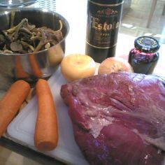 Hirvipaisti Venison, Beef, Sausage, Recipes, Game, Food, Deer Meat, Meat, Sausages
