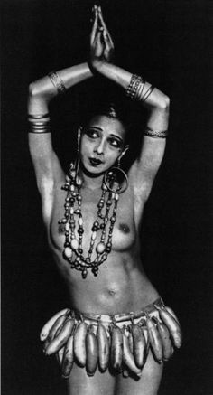 Josephine Baker in her banana skirt.