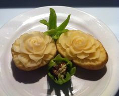 White potatoes are not great for carving for displays but you can make carved potato flowers for practice and for eating. See photos of student examples. Fruit And Veg, Fruits And Vegetables, Food Carving, Vegetable Carving, White Potatoes, Flower Dresses, Food Design, Flower Making, Food Art